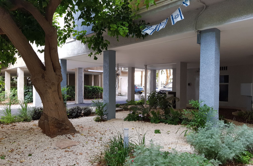Residential Building and Lobby 02 - Lital Ophir